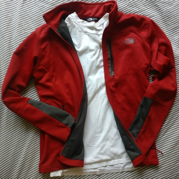 c3737d3da Red North Face Medium M Men's Summer Jacket